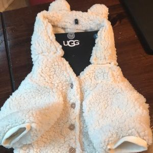UGG Other - UGG Sherpa Large Pajamas Birch with Removable Hood